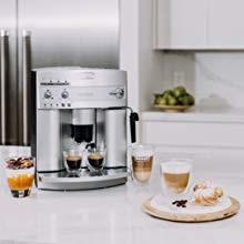 DeLonghi-esam3300-magnifica-super-automatic-espresso-machine-makes-cappuccino-latte
