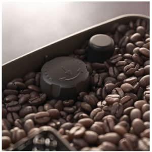 Philips-3200-with-LatteGo-12-step-grinder-adjustment