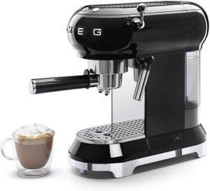 Smeg-ECF01RDUS-espresso-machine-black-detachable-milk-frother