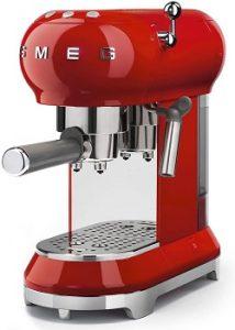 Smeg-ECF01RDUS-espresso-machine-christmas-red